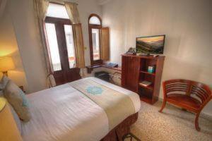 Balcony Queen Room